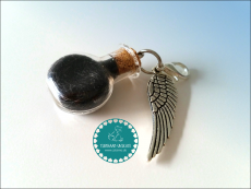 Glasfläschchen Wings ~ Tierhaarschmuck