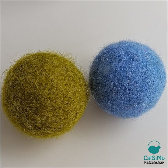 Filzball mit Styropor-Kern