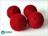 Filzball mit Glöckchen